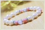 天然石パワーストーンブレスレット 〜女神の慈愛、柔らかな輝き